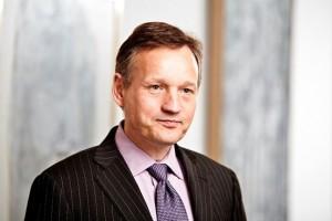 Neuer Vorstandschef verspricht kulturellen Wandel bei den Banken und bestätigt die Schließung der Steuervermeidungsabteilungen.