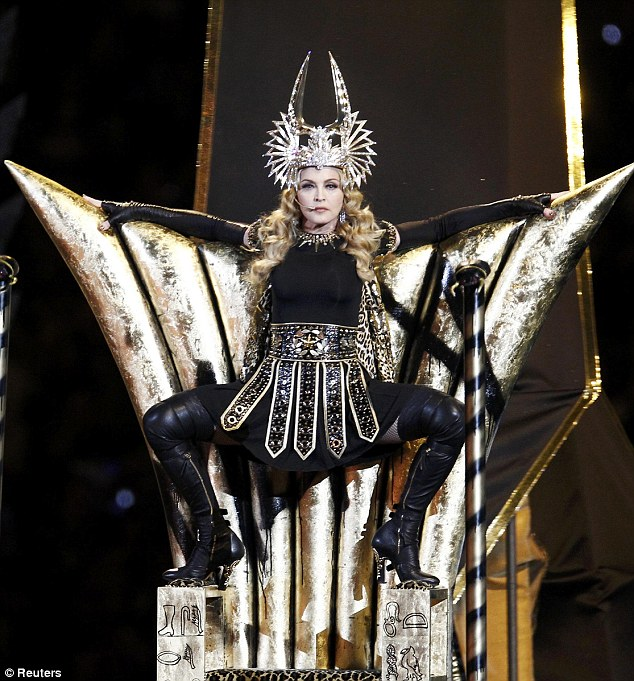 madonna_throne