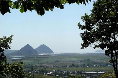 pyramiden_in_russland